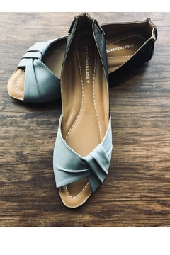 Yuko Imanishi Twist Blue Flat - Alternate List Image