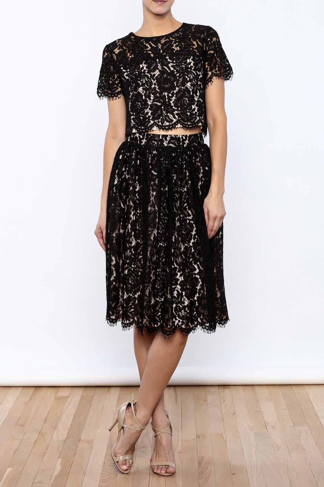 Yumi Cropped Lace Top - Front Full Image
