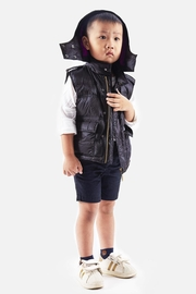 Yvette LIBBY N'guyen Paris Boy/ Unisex_ Gilet_ Quotidien Gilet 001 - Front full body