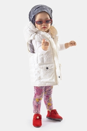 Yvette LIBBY N'guyen Paris Girl/ Unisex_ Gilet_ Quotidien Gilet 005 - Product Mini Image