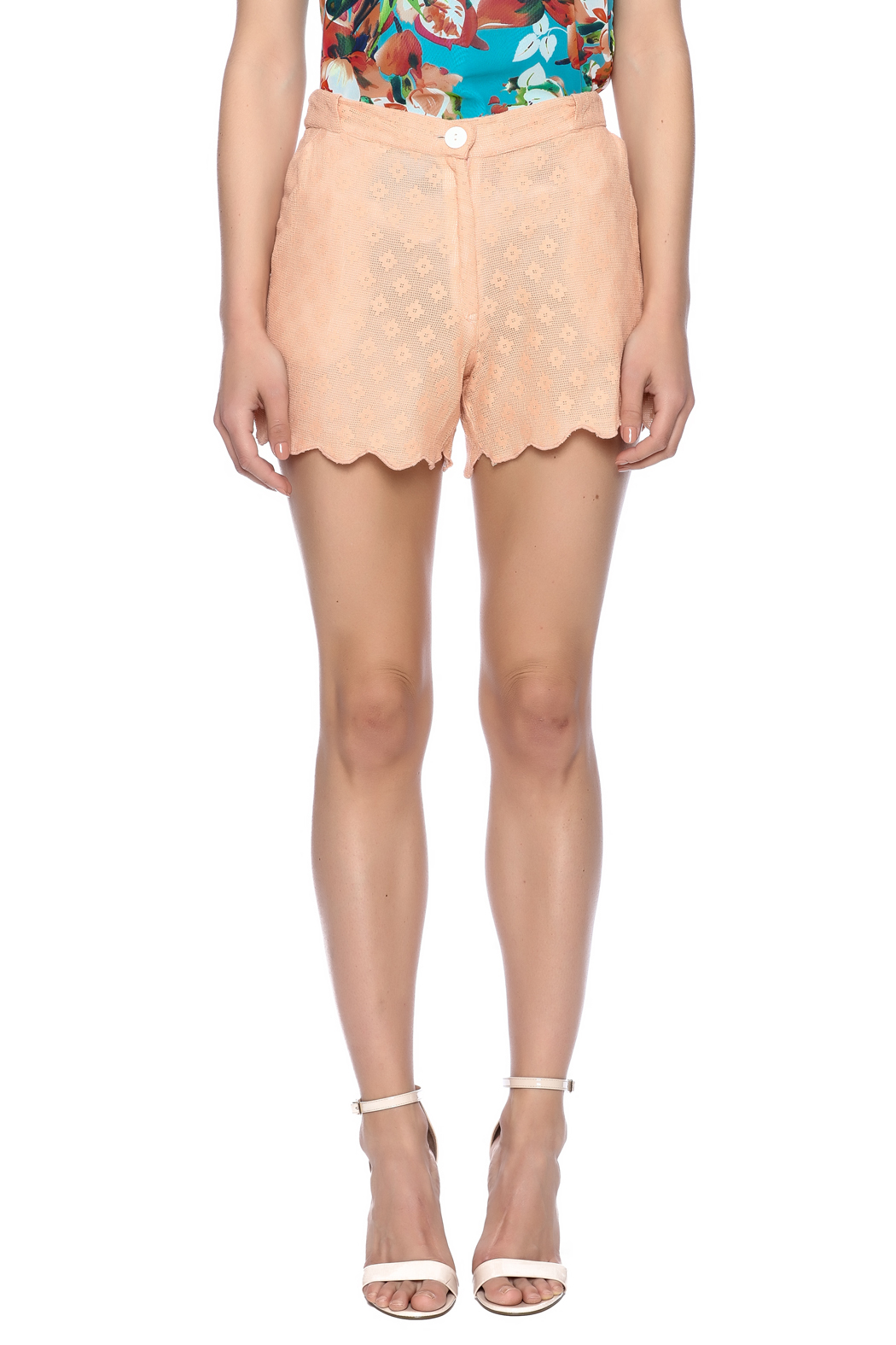 Z&L Europe Peach Lace Shorts - Side Cropped Image