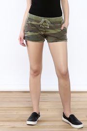 z supply Camouflage Jogger Short - Product Mini Image