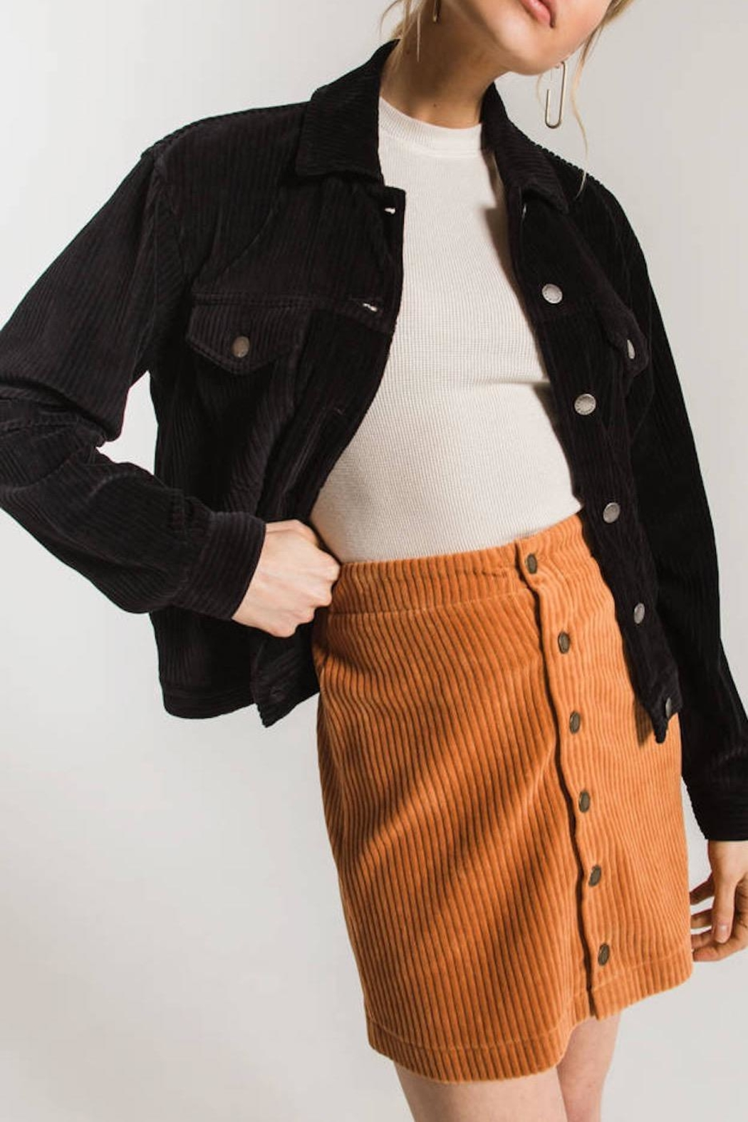 z supply Knit Corduroy Skirt - Front Cropped Image
