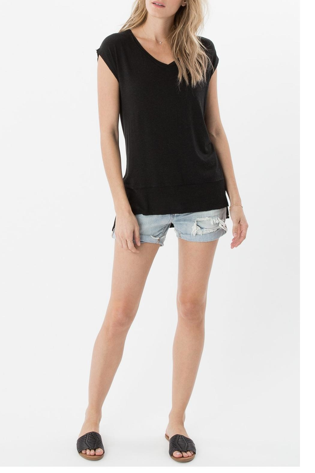 z supply Mia Linen Top - Front Cropped Image