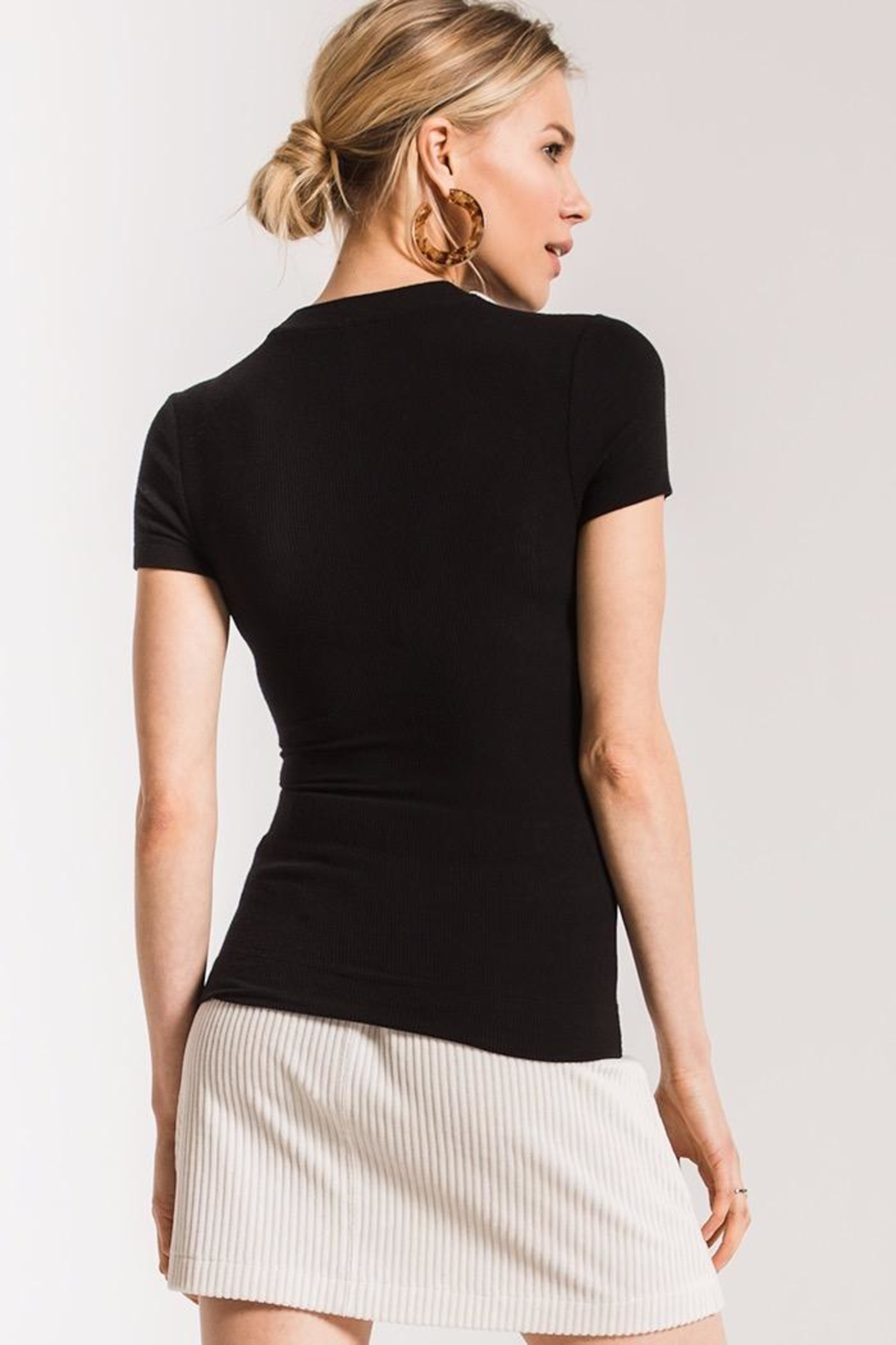 z supply Micro Rib Fitted Tee - Side Cropped Image