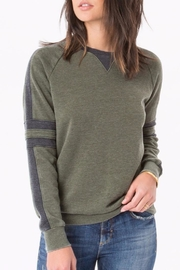 z supply The Track Pullover - Front cropped