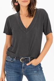 z supply Washed V-Neck Tee - Front cropped