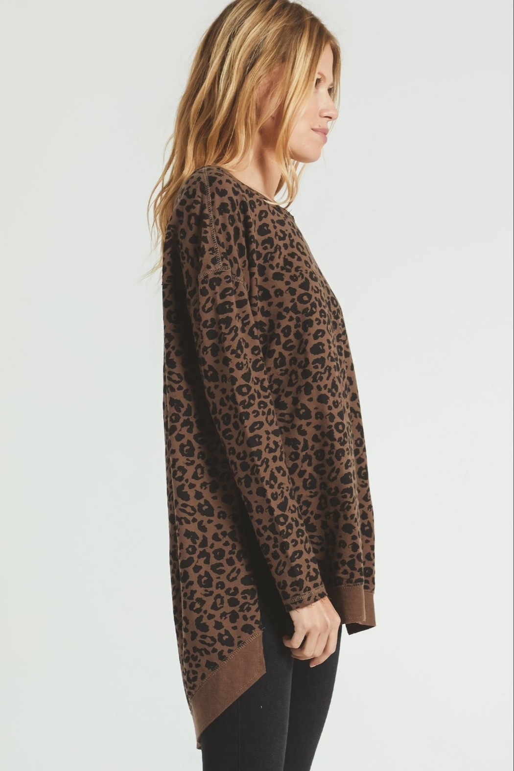 z supply Weekender Sweater-French Roast - Side Cropped Image