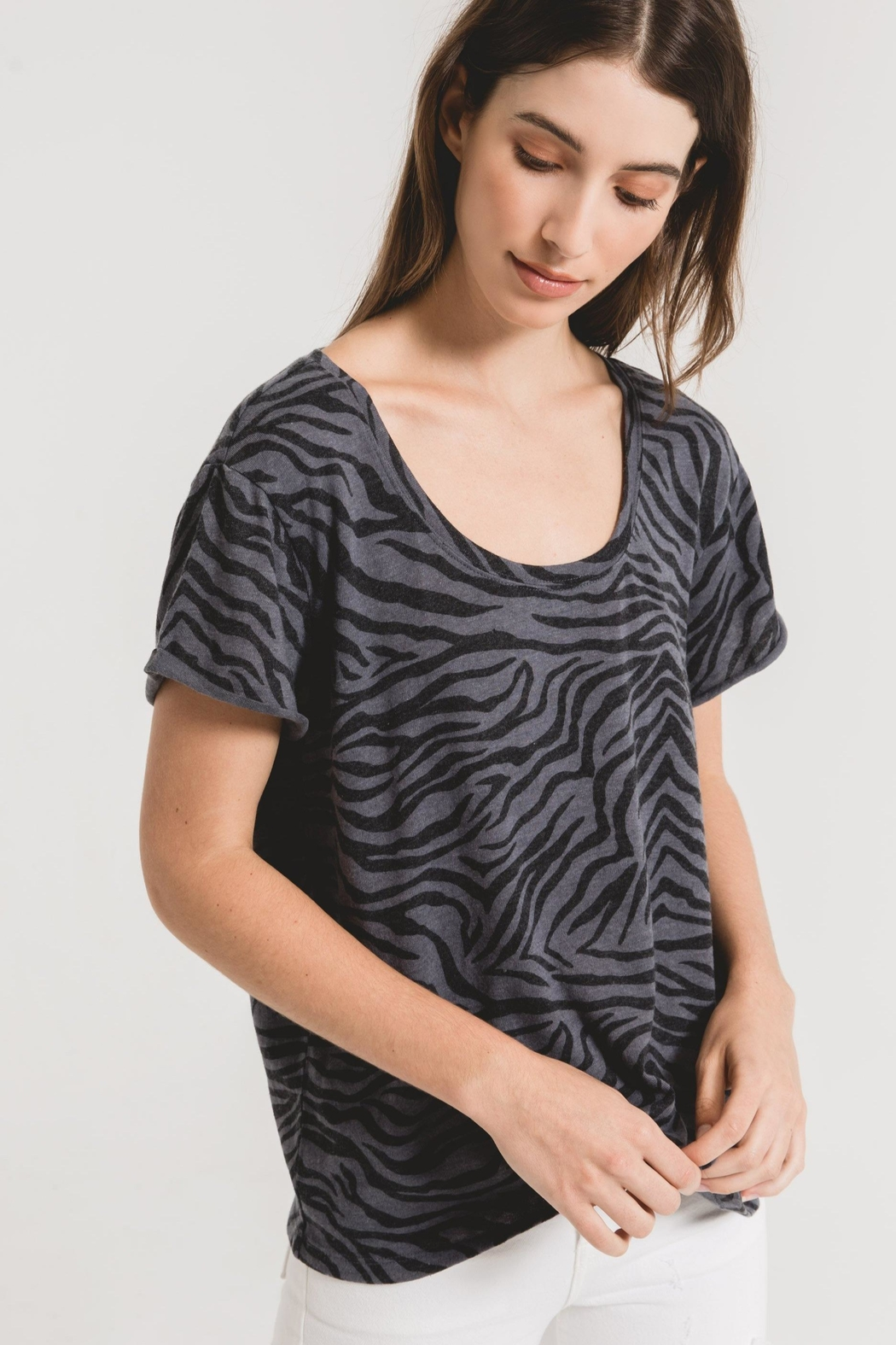 z supply Zebra Scoop Neck Tee-Ombre Blue - Side Cropped Image