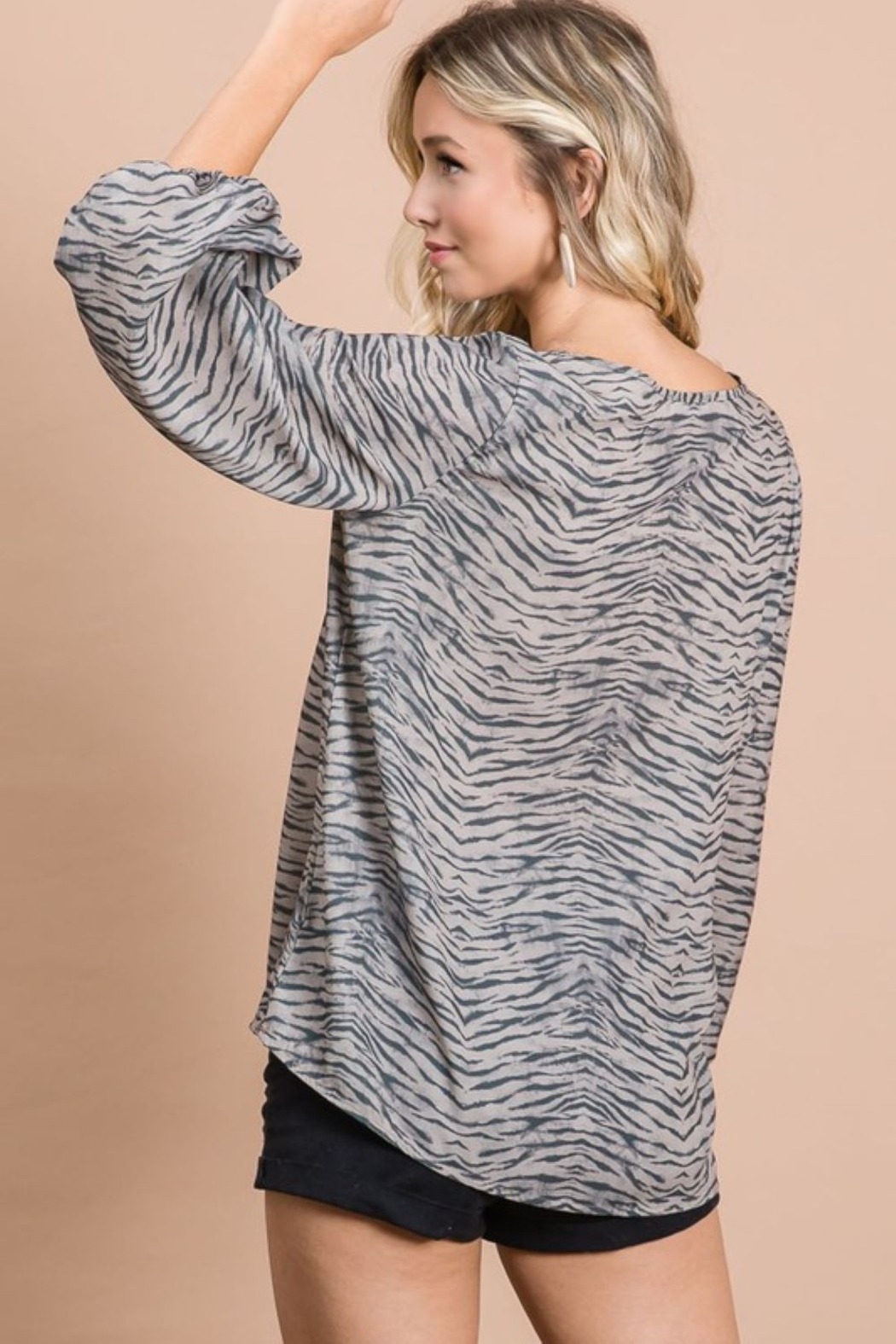 Bibi Zebra Print V Neck Top with Bubble Sleeves - Side Cropped Image