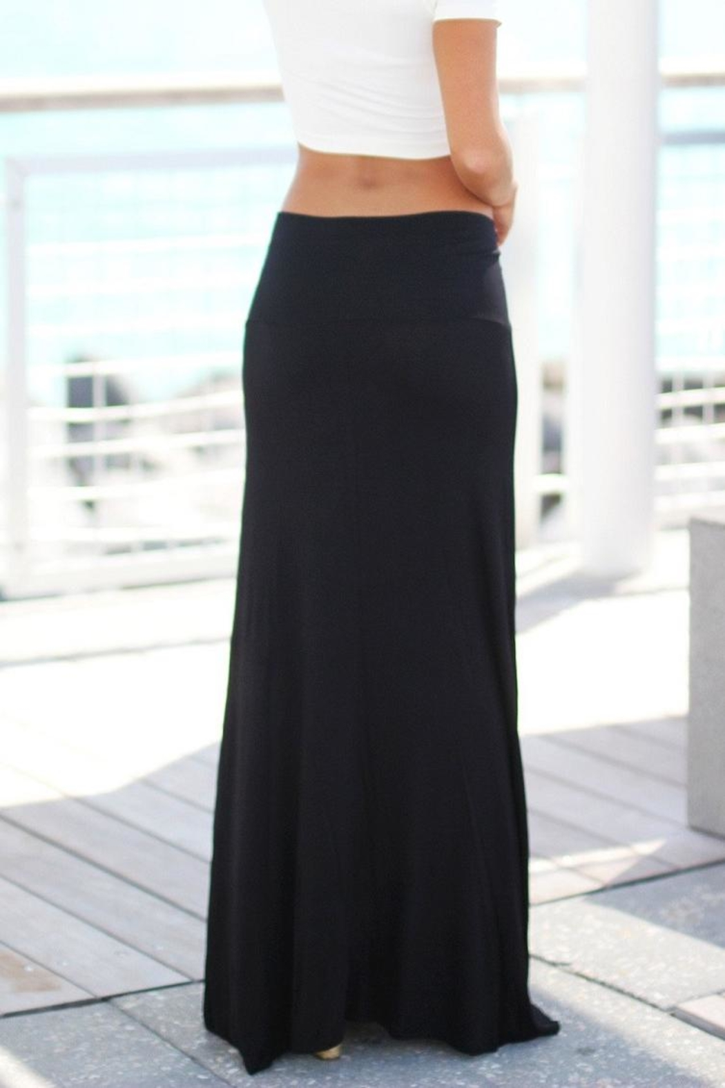 Zenana Outfitters Black Maxi Skirt - Side Cropped Image