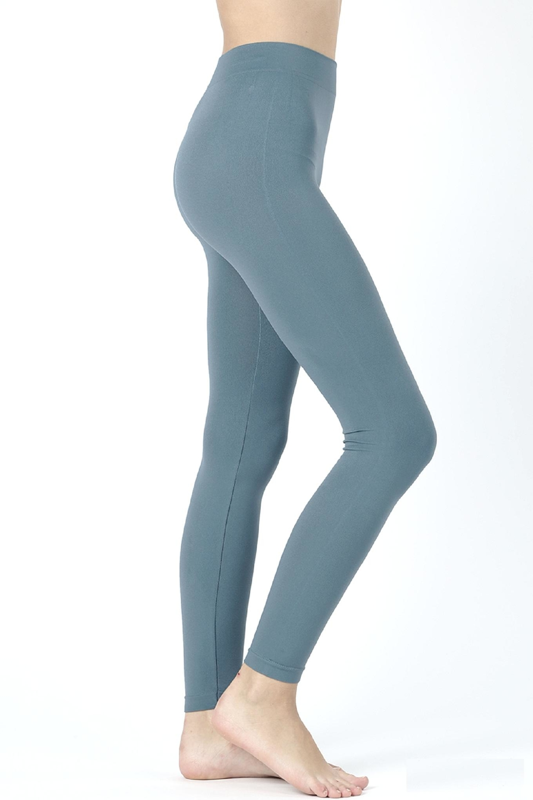 a55c4abe66e Zenana Outfitters Seamless Leggings from California by Casual Island ...
