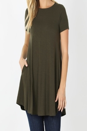 Zenana Outfitters T-Shirt Tunic - Front cropped