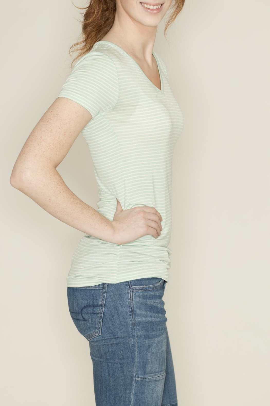 Zenana Outfitters V Neck Pinstripe Tee - Side Cropped Image
