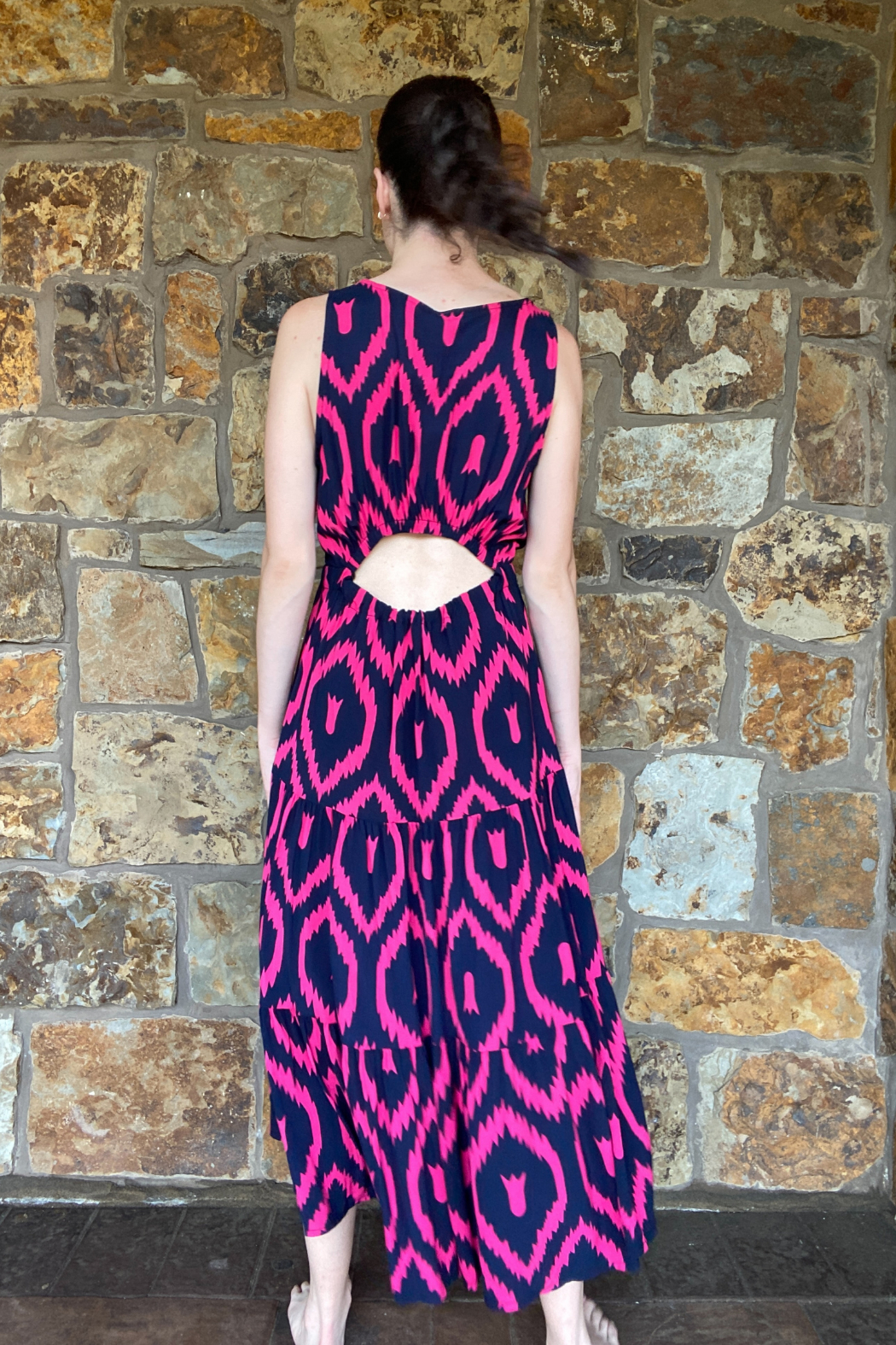 Lola Made in Italy Zigzag print Maxi w Back Cutout - Back Cropped Image
