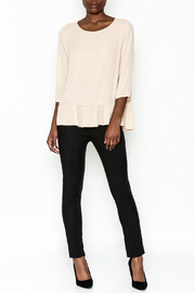 Zoa Ruffle Bottom Top - Side cropped