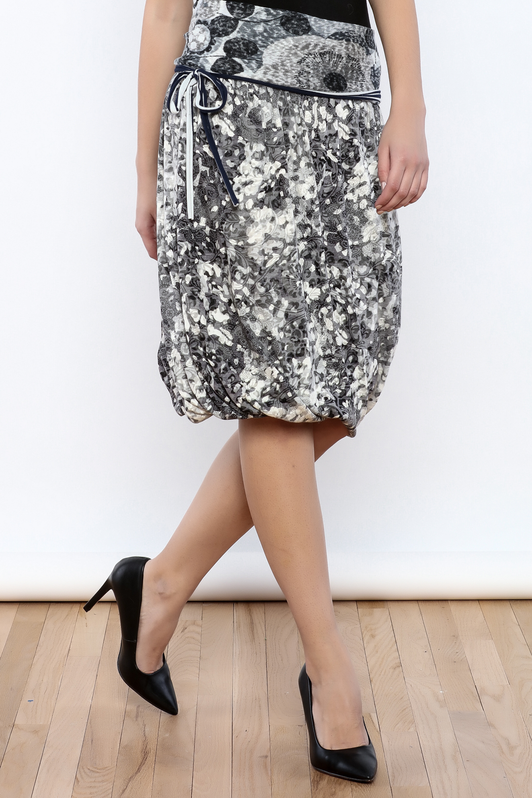 Zoology Print Bubble Skirt - Front Cropped Image