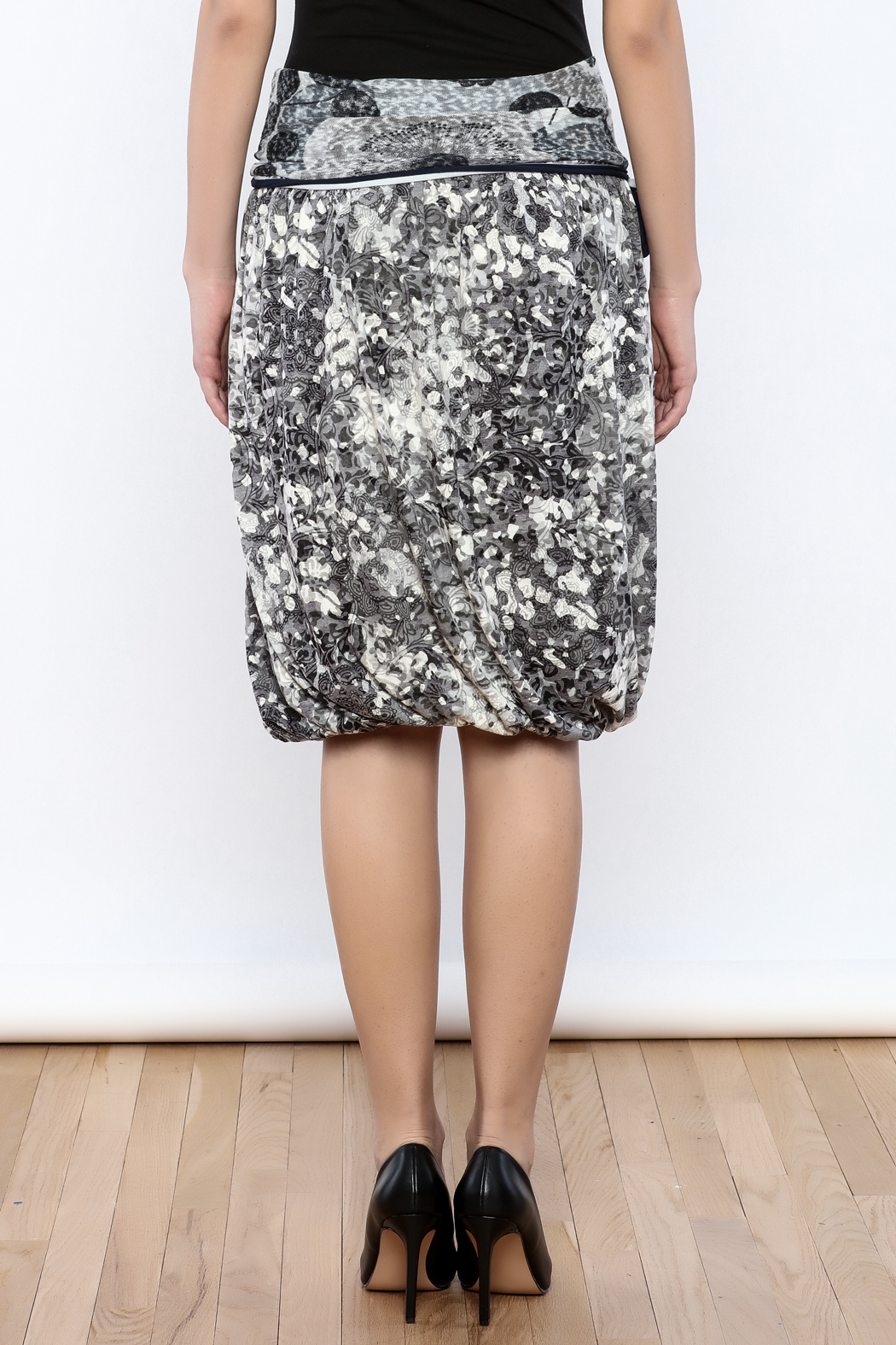 Zoology Print Bubble Skirt - Back Cropped Image