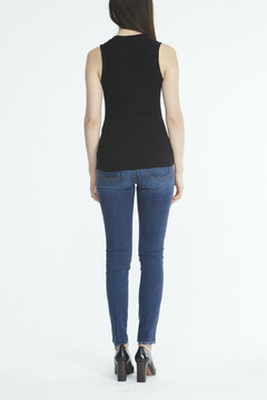 Comune Zuma Rib V-Neck Tank - Alternate List Image